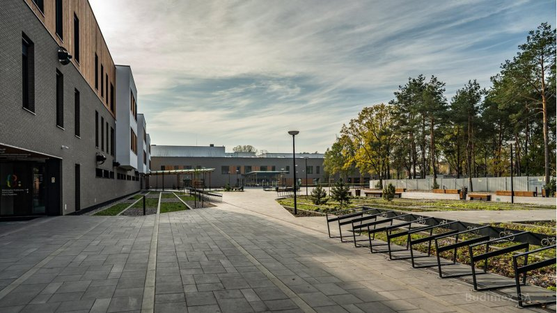 MCER, Entrance Square