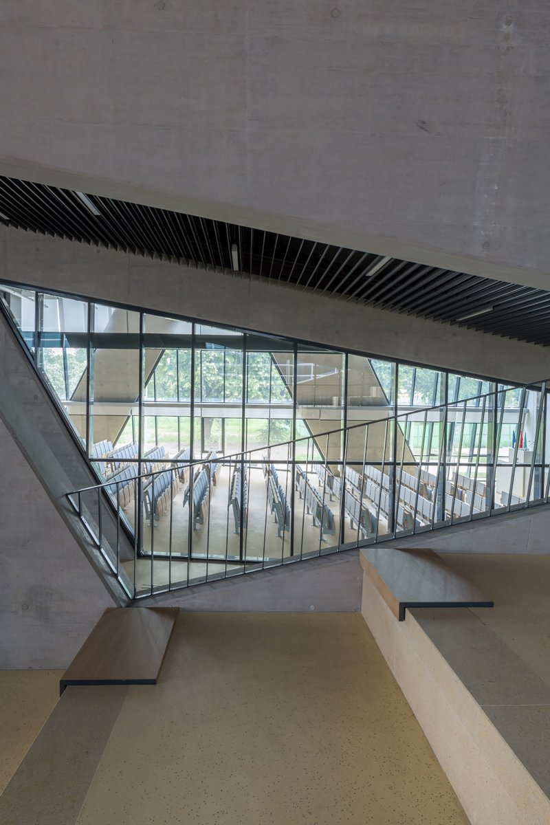 Cross view on auditorium
