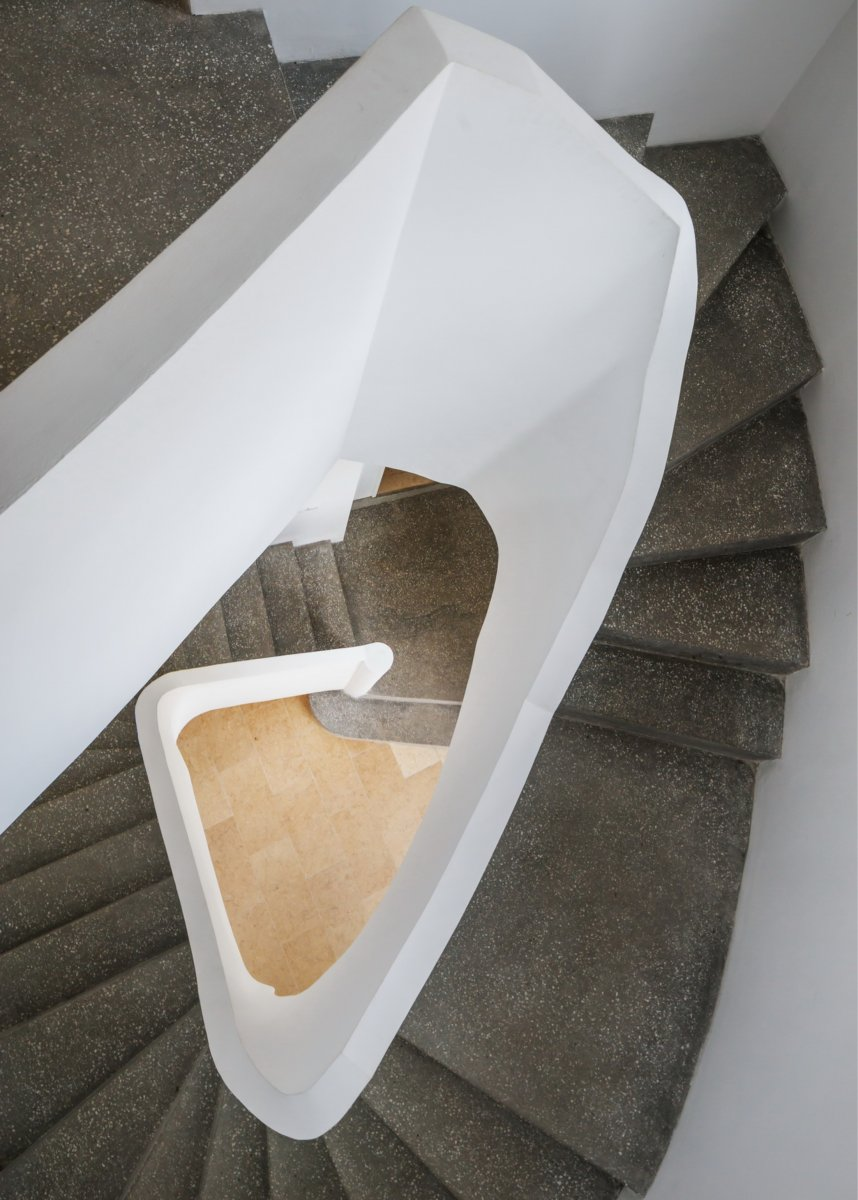 The second stairs detail