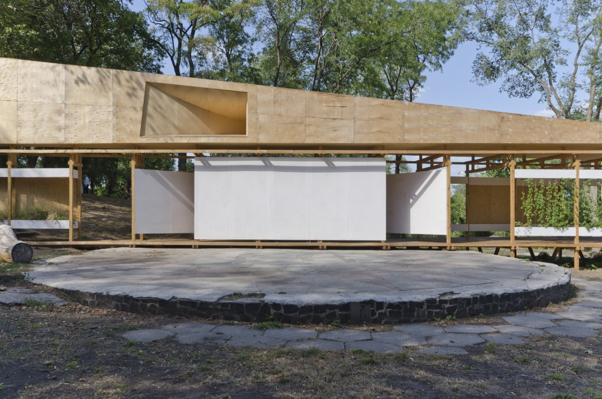 Building components of the new structure were prefabricated and assembled on site from wood and plywood